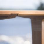 Luomus woodworks inspiroidu perhosia ruokapöydällä ruokapöytä tiikistä liitokset