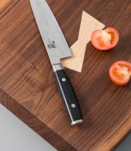 Luomus Woodwork Leikkuulankku pähkinä-2