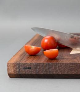 Luomus Woodwork Leikkuulankku pähkinä-4
